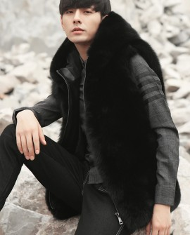 Men's Fox Fur Black Hooded Zip Vest 0009a
