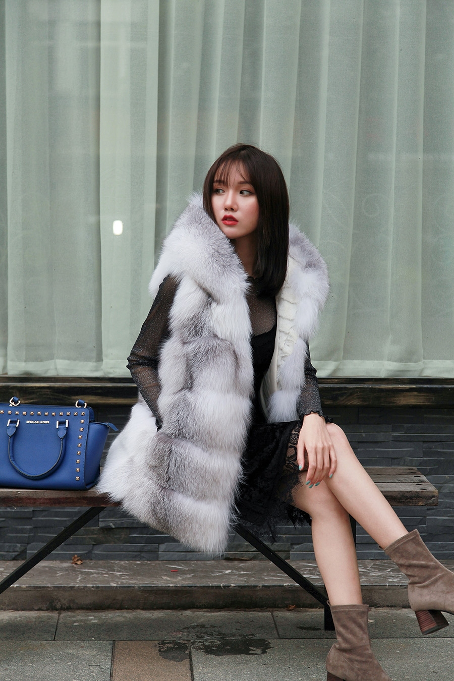 Shadow Blue Frost Fox Fur Hooded Vest 0003-2