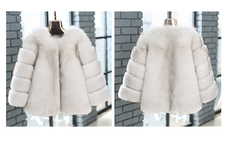 Blue Fox Fur Coat 006 Details 1