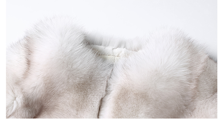 Blue Fox Fur Coat 006 Details 2