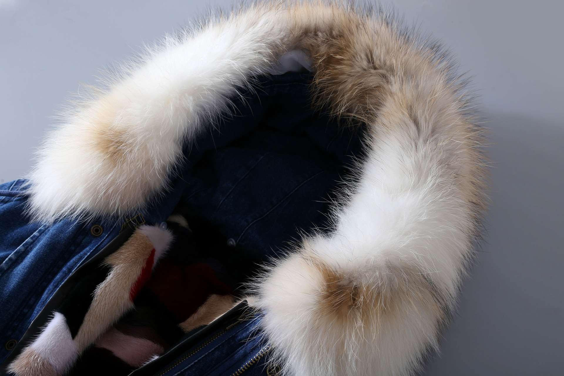 Raccoon Fur Trimmed Hooded Denim Parka with Detachable Mink Fur Liner 0066-7