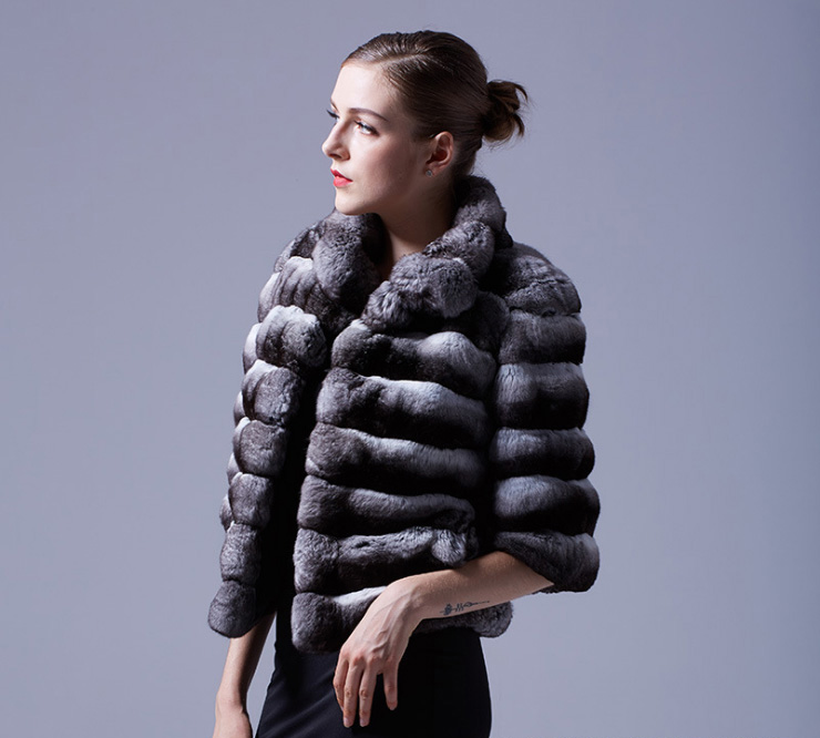 Cropped Chinchilla Fur Bolero Jacket 025 Details 8