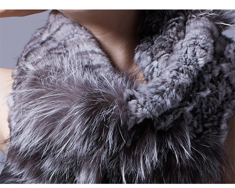 Chinchilla Fur Knitted Wrap Neckwarmer with Silver Fox Fur Trim 043 Details 1