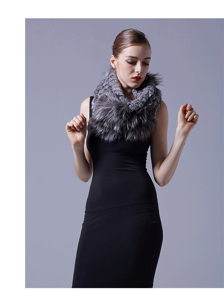 Chinchilla Fur Knitted Wrap Neckwarmer with Silver Fox Fur Trim 043 Details 5