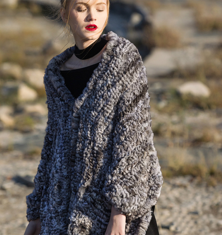 Chinchilla Fur Knitted Cape 045 Details 1