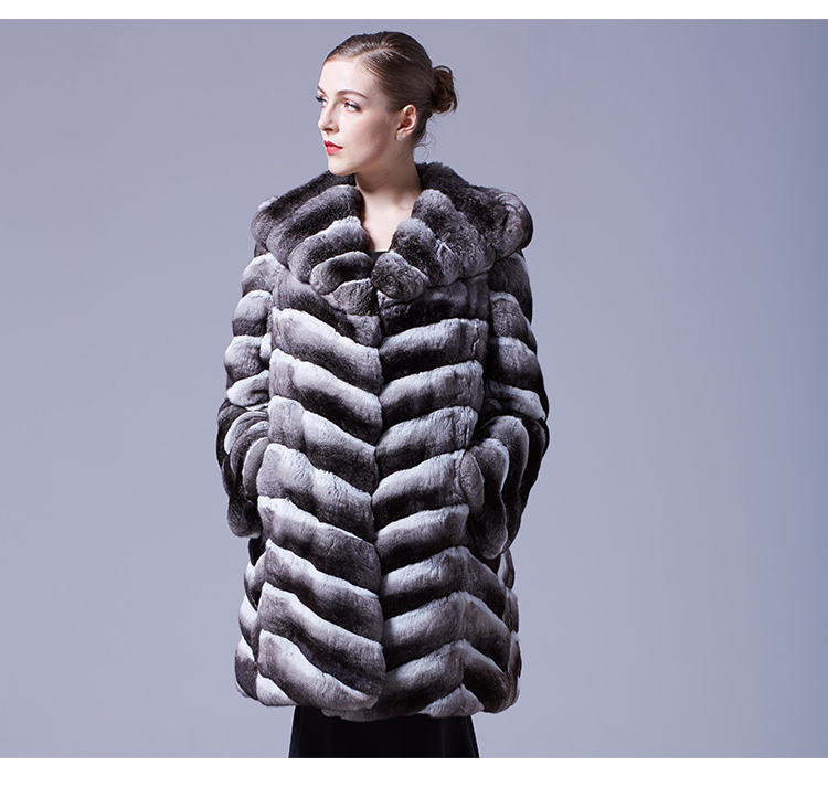 Hooded Chinchilla Fur Coat 047 Details 1