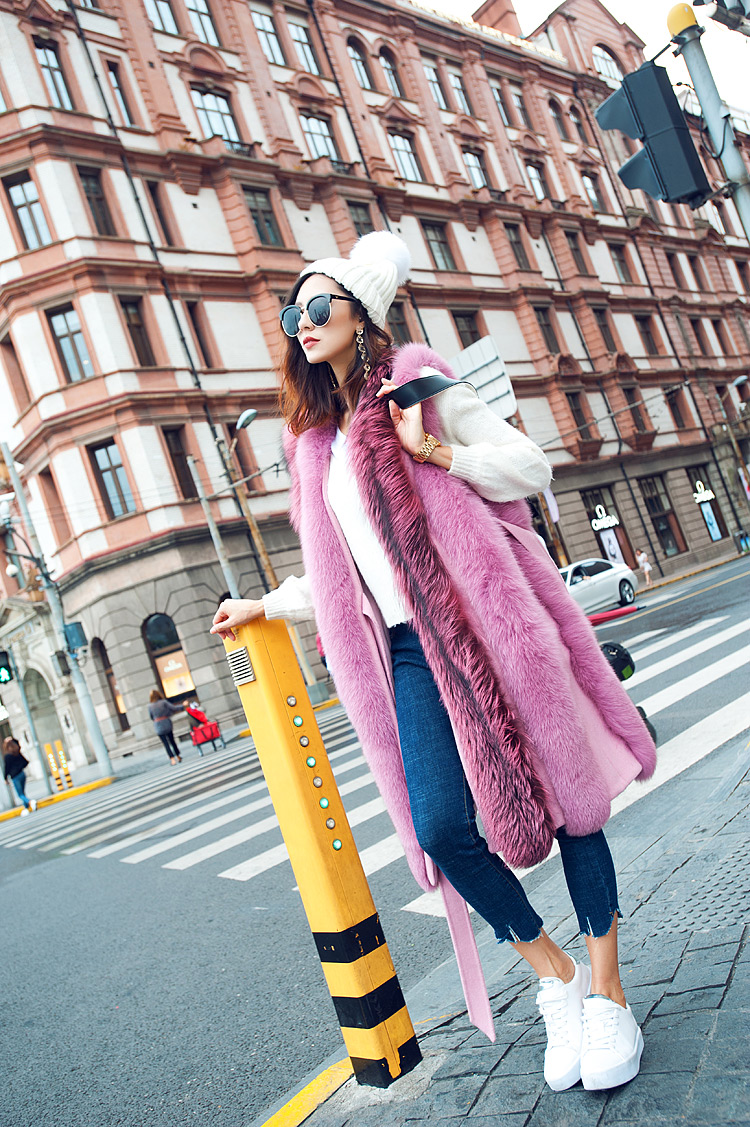 Fox Fur Long Vest 075 Details 1