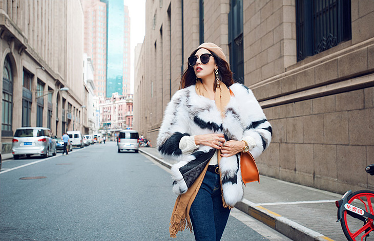 White Fox Fur Jacket with Black Stripes 095 Details 4