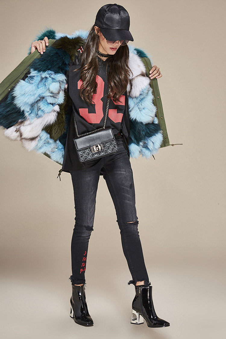 Raccoon Fur Trimmed Hooded Parka with Detachable Fox Fur Liner 116a Details 0