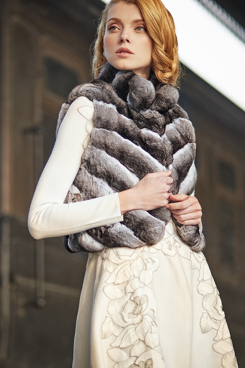 Cropped Chinchilla Fur Vest 171 Details 1