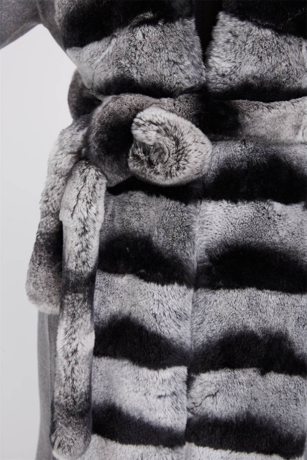 Cashmere Coat with Rex Rabbit Fur Trim 238 Details 3