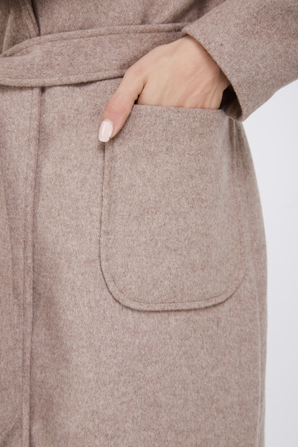 Cashmere Coat with Fox Fur Trimmed Collar 239 Details 5