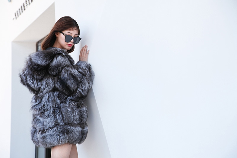 Silver Fox Fur Coat 254 Details 1