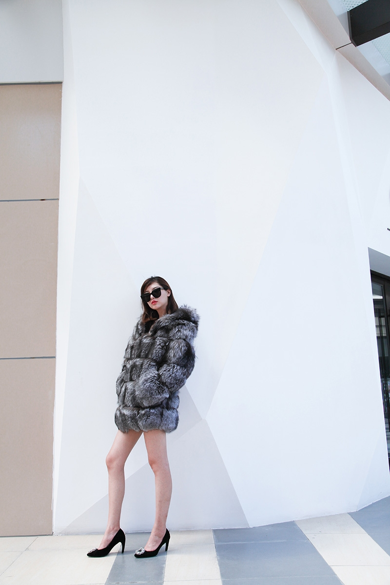 Silver Fox Fur Coat 254 Details 4