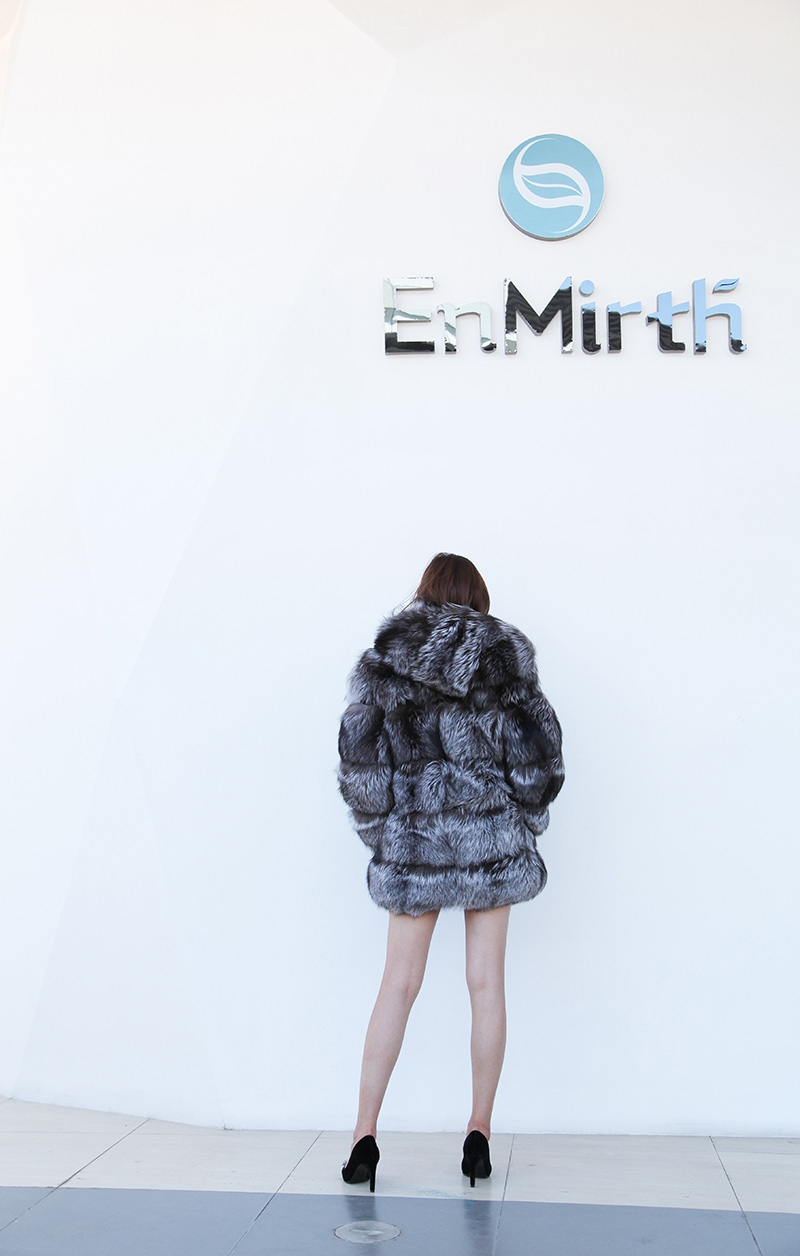 Silver Fox Fur Coat 254 Details 5