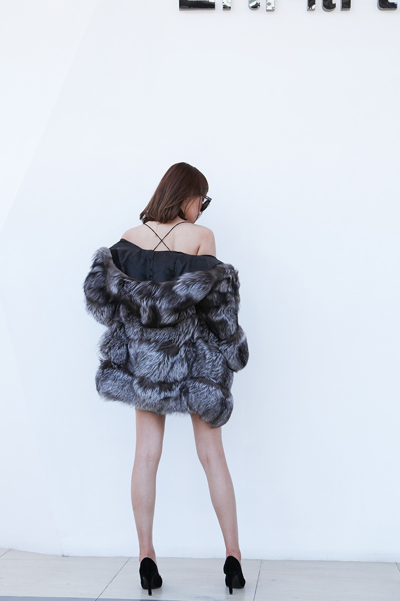 Silver Fox Fur Coat 254 Details 6