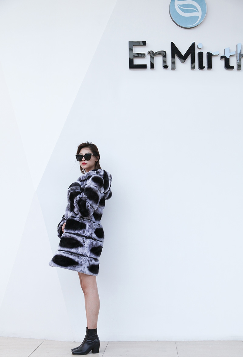 Hooded Rex Rabbit Fur Coat with Chinchilla Look 255 Details 1
