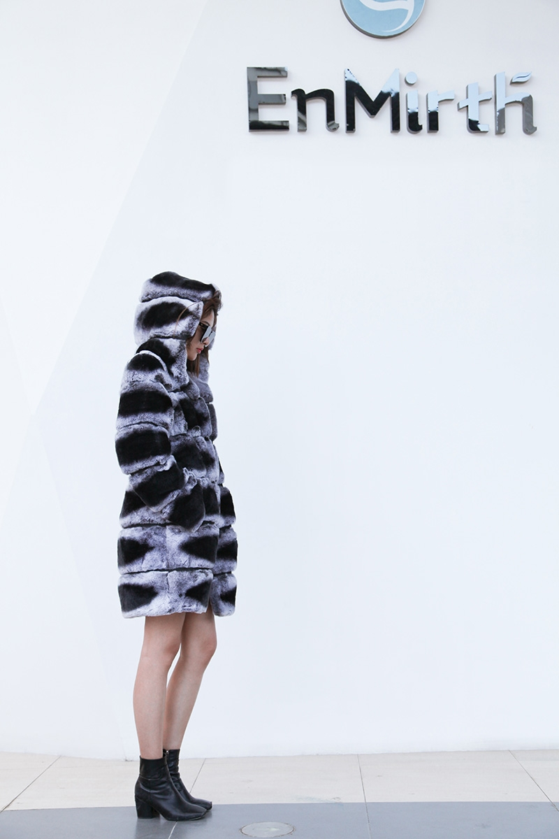 Hooded Rex Rabbit Fur Coat with Chinchilla Look 255 Details 2