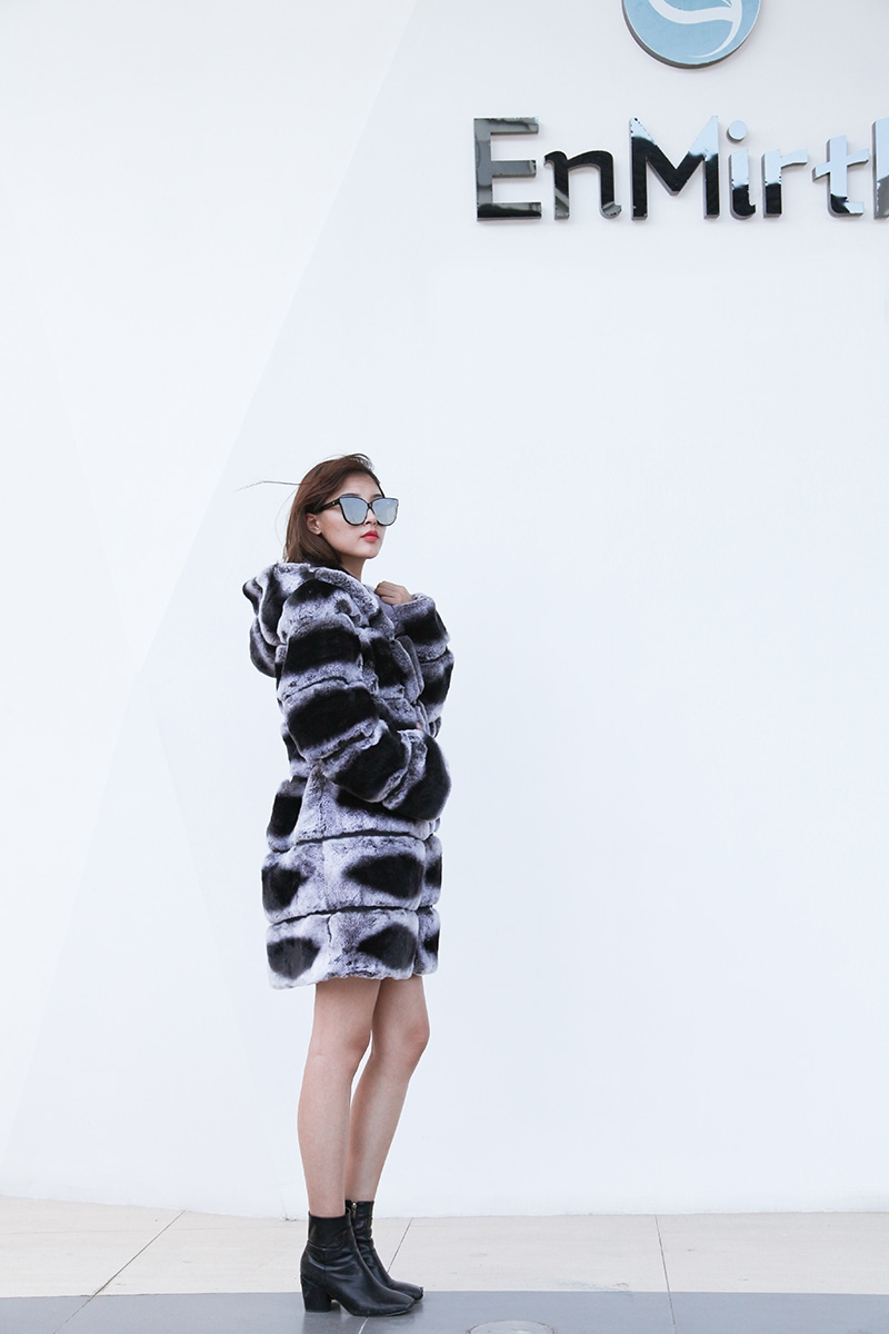 Hooded Rex Rabbit Fur Coat with Chinchilla Look 255 Details 4