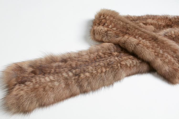 Knitted Sable Fur Scarf 264 Details 1