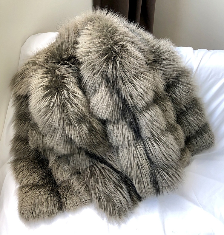 Cropped Silver Fox Fur Jacket 270 Details 1
