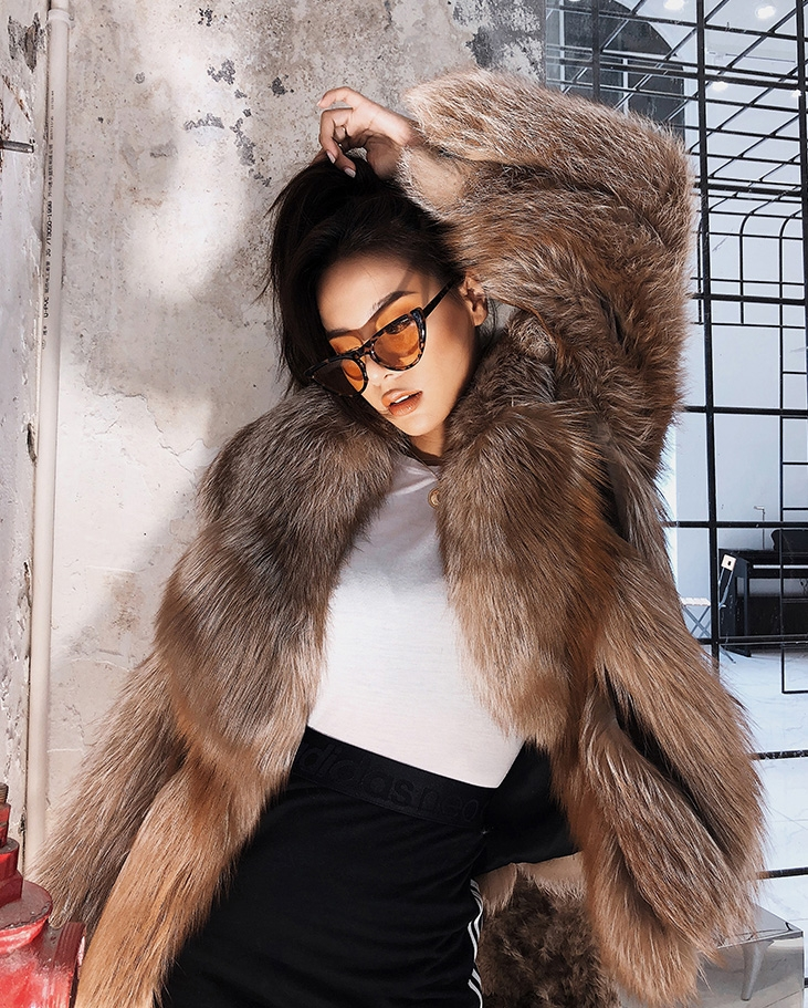 Cropped Chocolate Fox Fur Jacket 271 Details 2