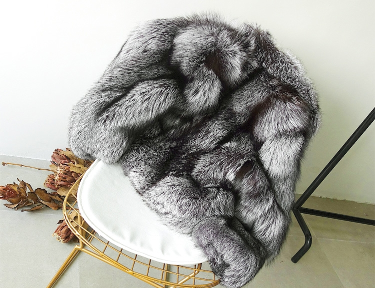 Cropped Silver Fox Fur Jacket 273 Details 1