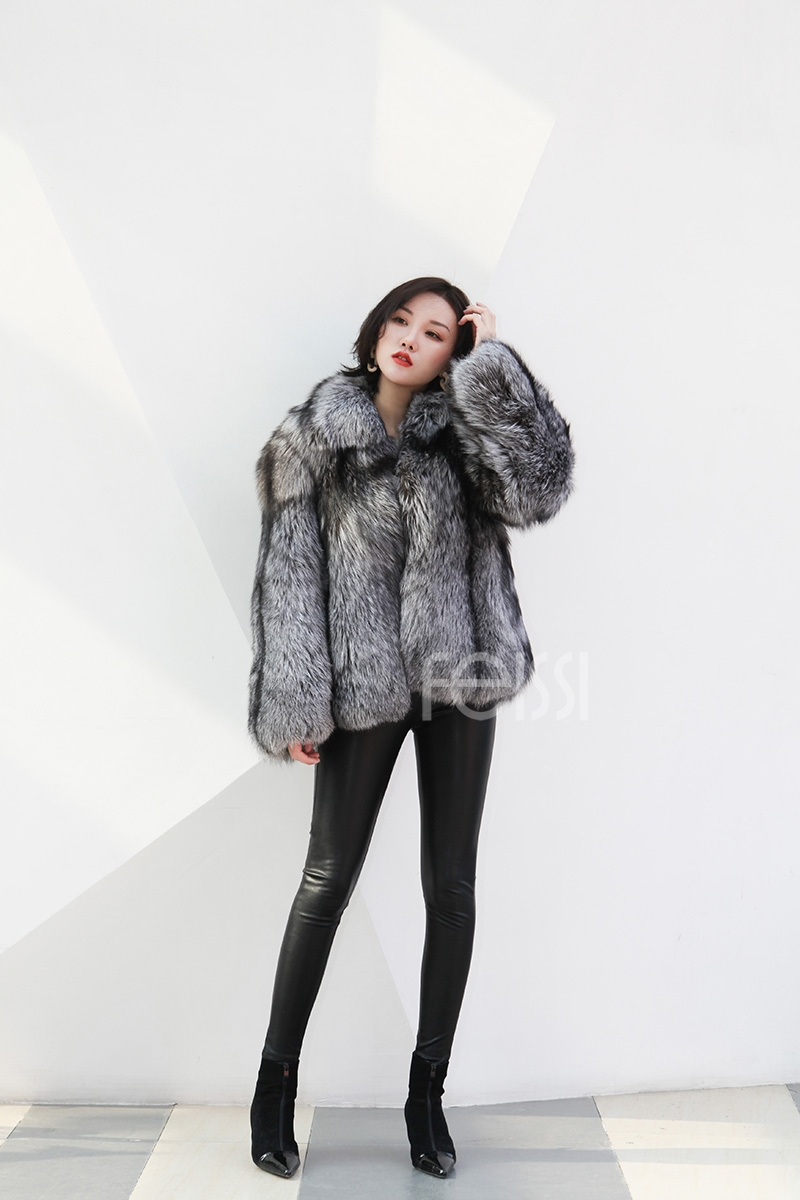 Cropped Silver Fox Fur Jacket 273 Details 2