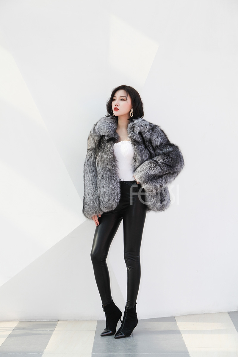 Cropped Silver Fox Fur Jacket 273 Details 3