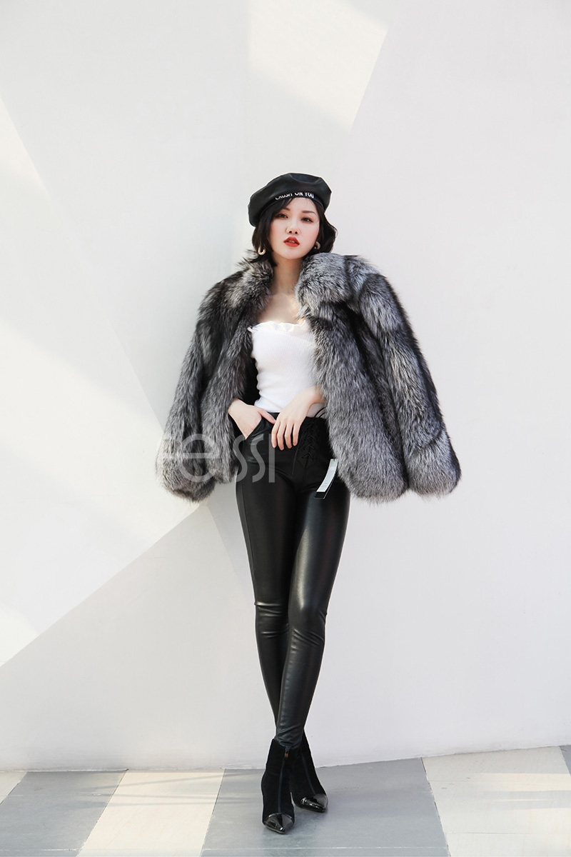 Cropped Silver Fox Fur Jacket 273 Details 5