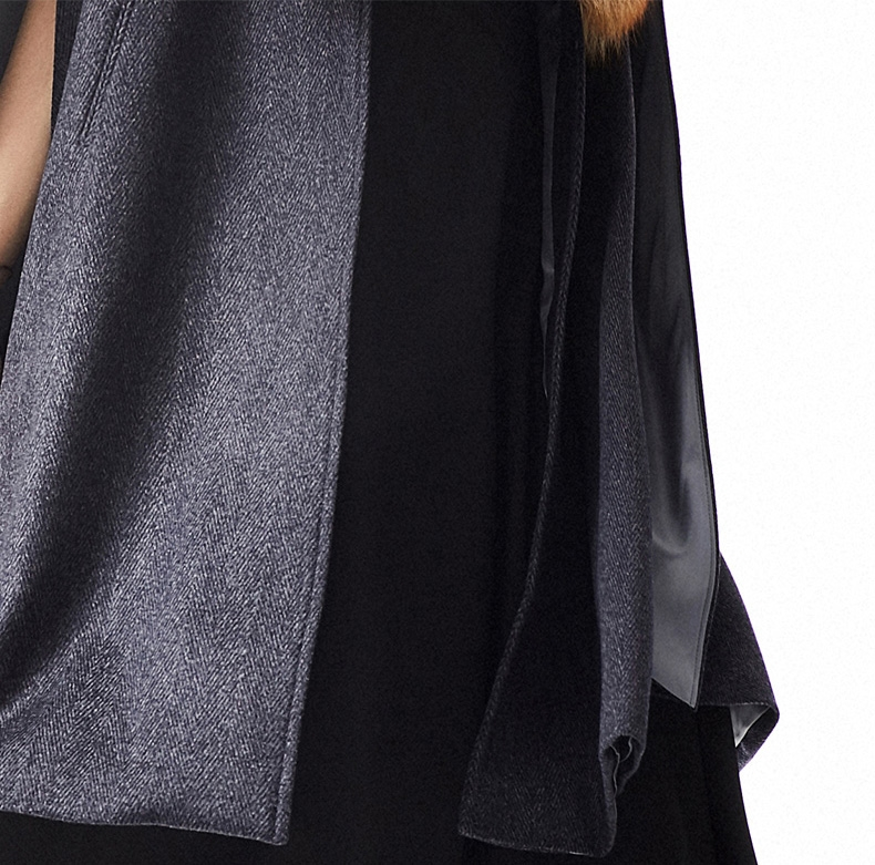 Cashmere Cape with Golden Island Fox Fur Collar 299-3