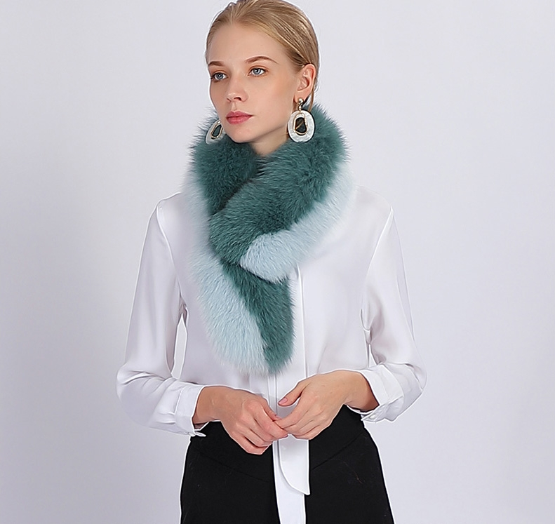 Two-tone Fox Fur Scarf 370-5