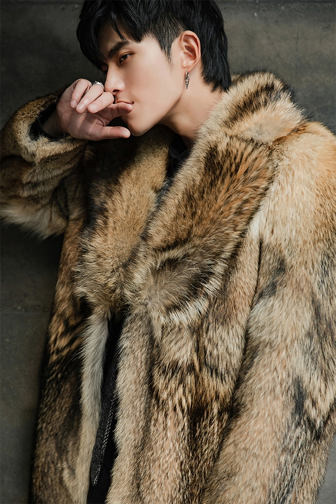 Men's Coyote Fur Coat 392-6