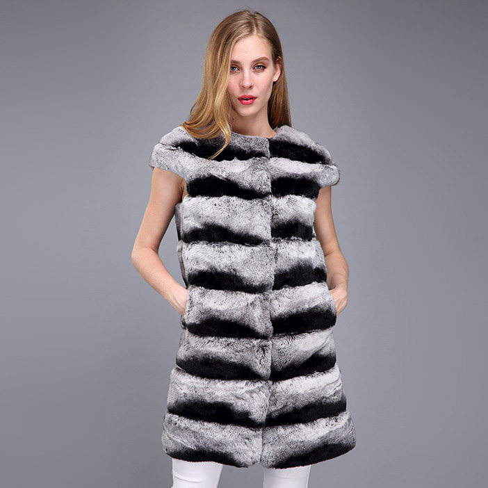 Rex Rabbit Fur Vest with Chinchilla Look 956 Details 3