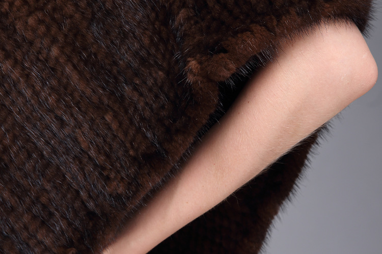 Knitted Mink Fur Poncho 974 Details 18