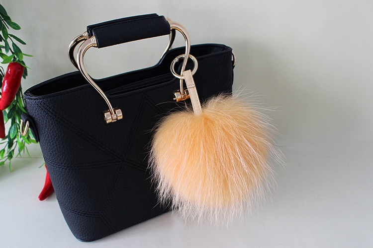 Raccoon Fur Pompoms Pendant Bag Charm 901 Details 3