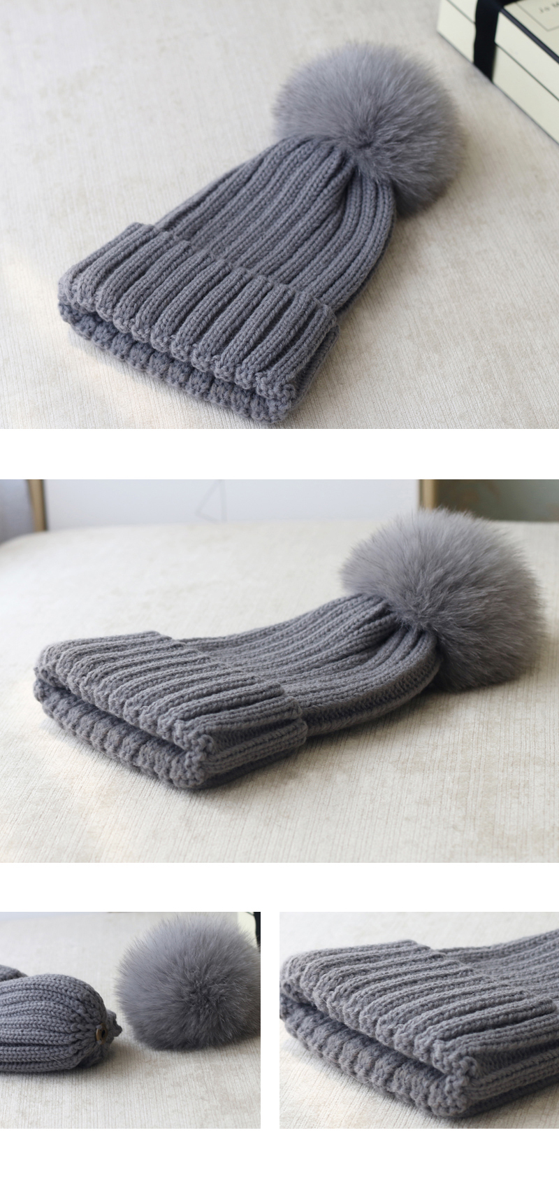 Wool Knitting Beanie Hat with Fox Fur Pompom 867 Details 3
