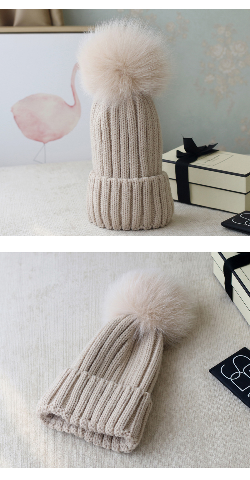 Wool Knitting Beanie Hat with Fox Fur Pompom 867 Details 6