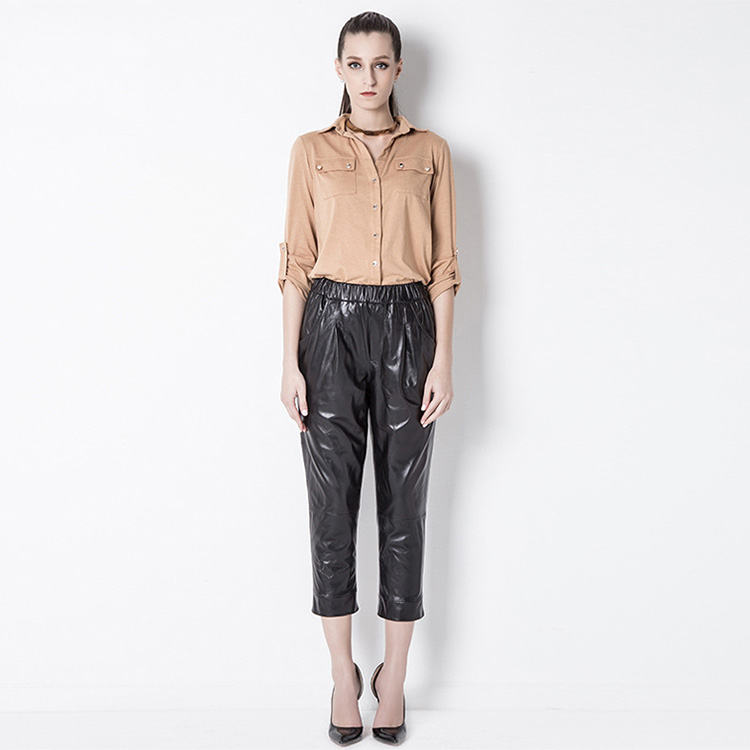 Cropped Women's Leather Pants 799 Details 1