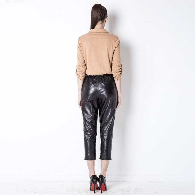 Cropped Women's Leather Pants 799 Details 2