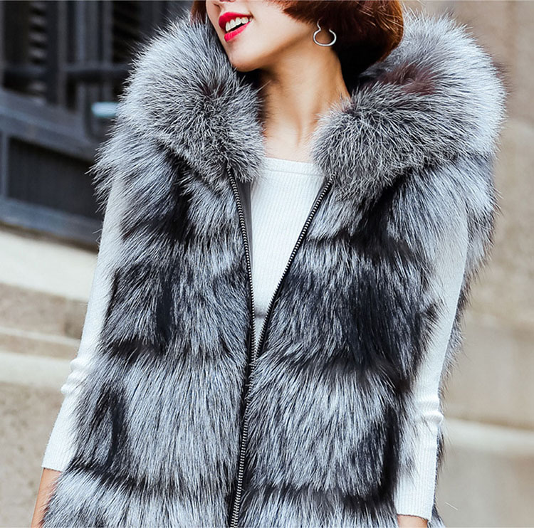 Hooded Silver Fox Fur Vest 693 Silver Details 1