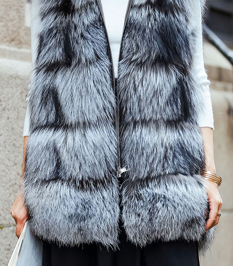 Hooded Silver Fox Fur Vest 693 Silver Details 2