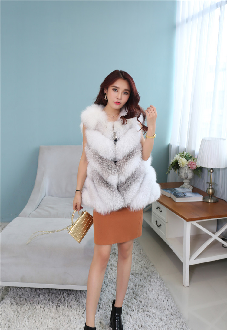 Cross Fox Fur Vest 813 Details 2